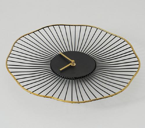Wandklok zwart goud rond, Klok 'Flower', moderne klok zwart met goud, zwarte klok met goud AA, jungle mush collectie, trenchic