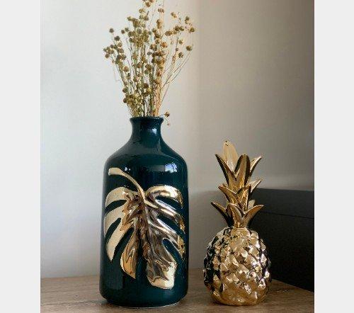 Vaas 'Leaf', trendy vaas groen met goud, stenen vaas goud met groen, moderne trendy vaas, jungle mush collectie, trenchic