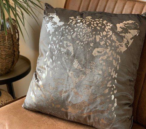 Kussen 'Leopard head', sierkussens, dierenkussens, Decoratie kussen, junglemush, trenchic, 50x50 Taupe353-20-037-Jungle-2