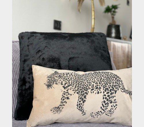 Sierkussen 'Simba', trendy sierkussens, dierenkussens, velvet kussens, junglemush, trenchic, DDL0222300376-Jungle-4