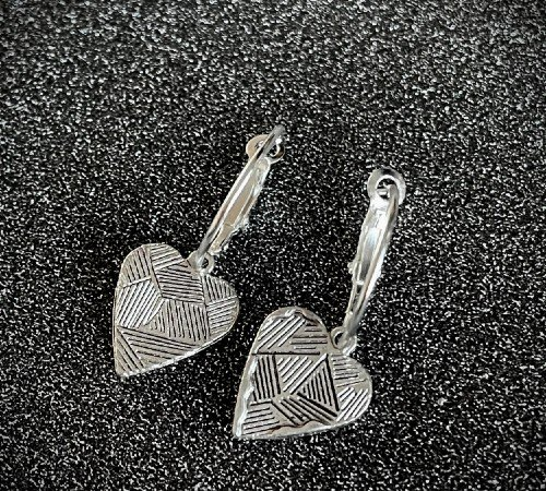 Oorbellen 'Heart', trendy oorbellen, zilveren oorbellen, hippe hartjes oorbellen, trenchic, Jungle jewelry, SO-0024, 2