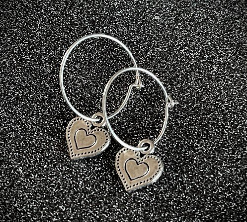 Oorbellen 'Heart', trendy oorbellen, zilveren oorbellen, hippe hartjes oorbellen, trenchic, Jungle jewelry, SO-0030, 2