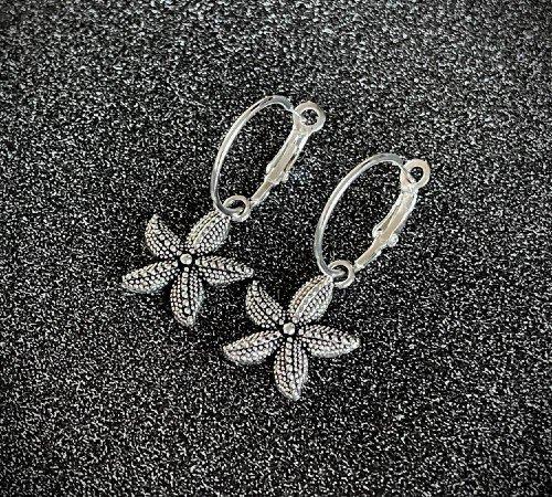 Oorbellen 'Star', trendy oorbellen, zilveren oorbellen, hippe zeester oorbellen, trenchic, Jungle jewelry, SO-0026, 2